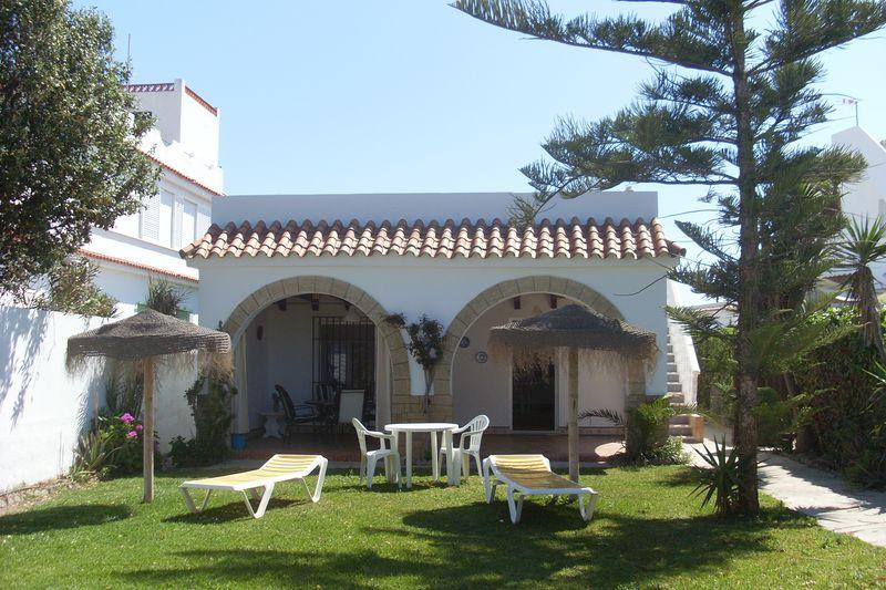 Beach House Lola (1)